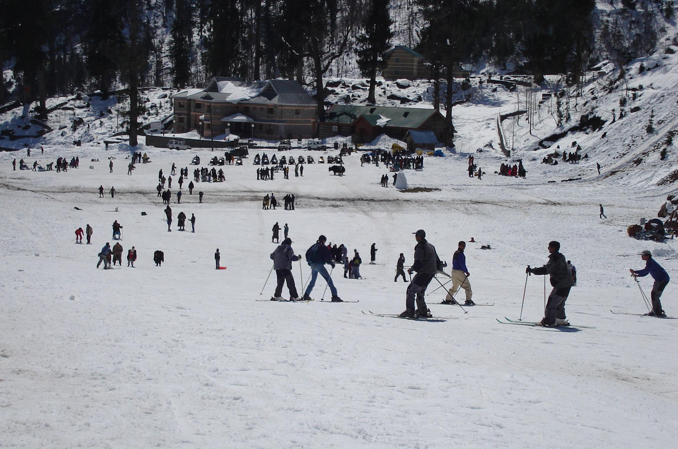 5 reasons makes Himachal must visit place